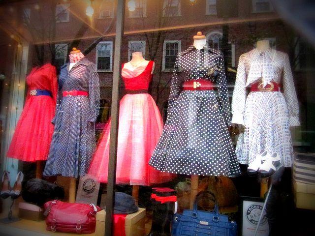 Beautiful Vintage Store Front Vintage Clothing Display Vintage Store Vintage Outfits