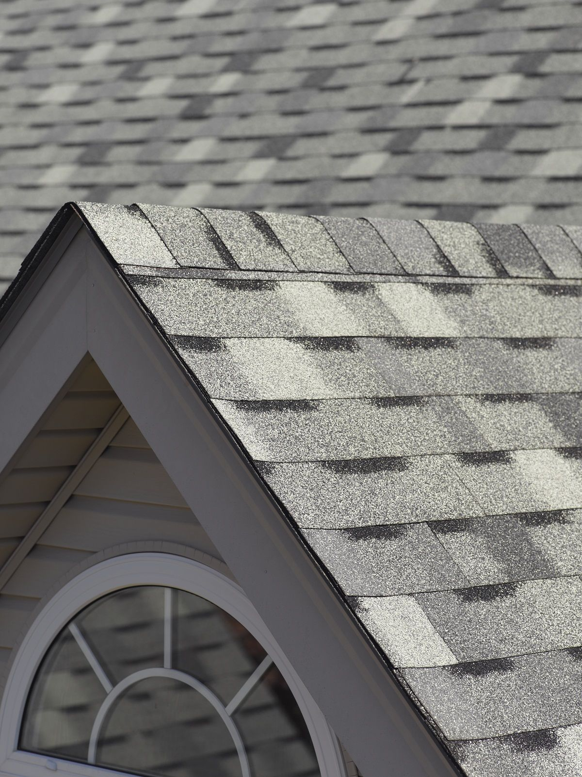 Certainteed Patriot Shown In Graystone Residential Roofing Roofing Certainteed Siding