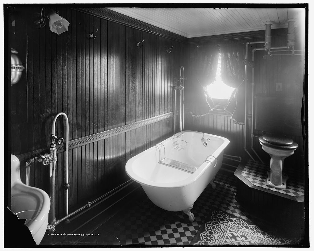 Here's Some Inspiration For Your Vintage-style Bathroom