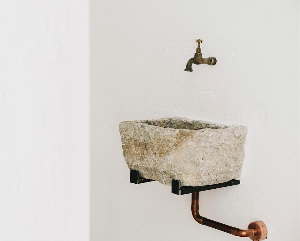 Photo of Trend Alert: 8 Sculptural Bathroom Sinks