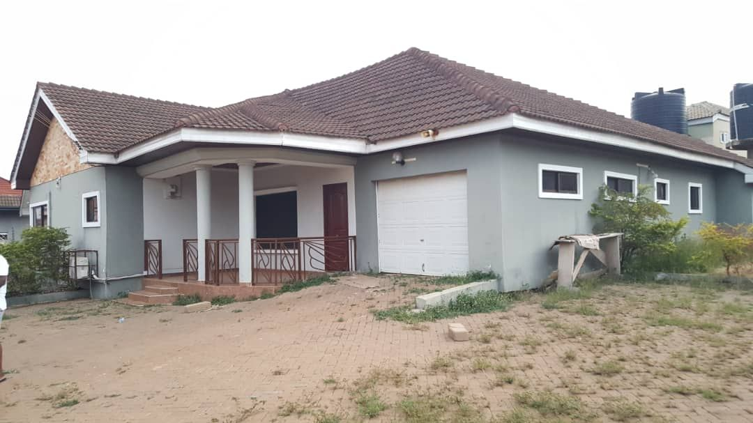 3 Bedroom Self Compound House For Rent At Adjiringano Compound House Renting A House Pool Houses