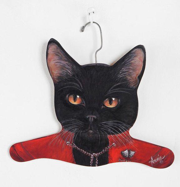 Cat-Hanger from Wantist