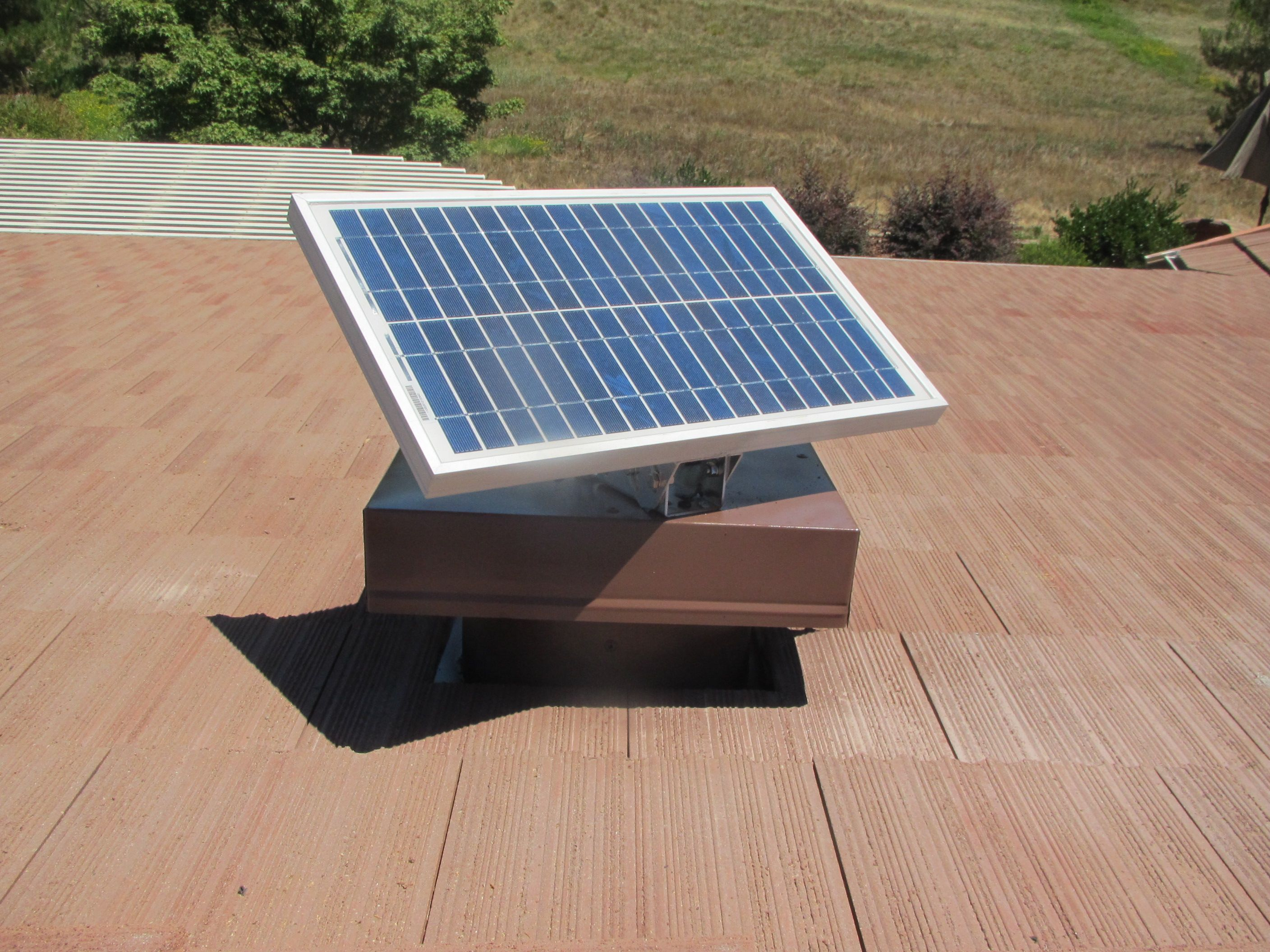 Here Is A 20 Watt Vortex Solar Fan Installed On A Tile Roof Solar Panel Is Fully Adjustable Allowing For Optimal Positi Solar Fan Solar Attic Fan Solar Panels