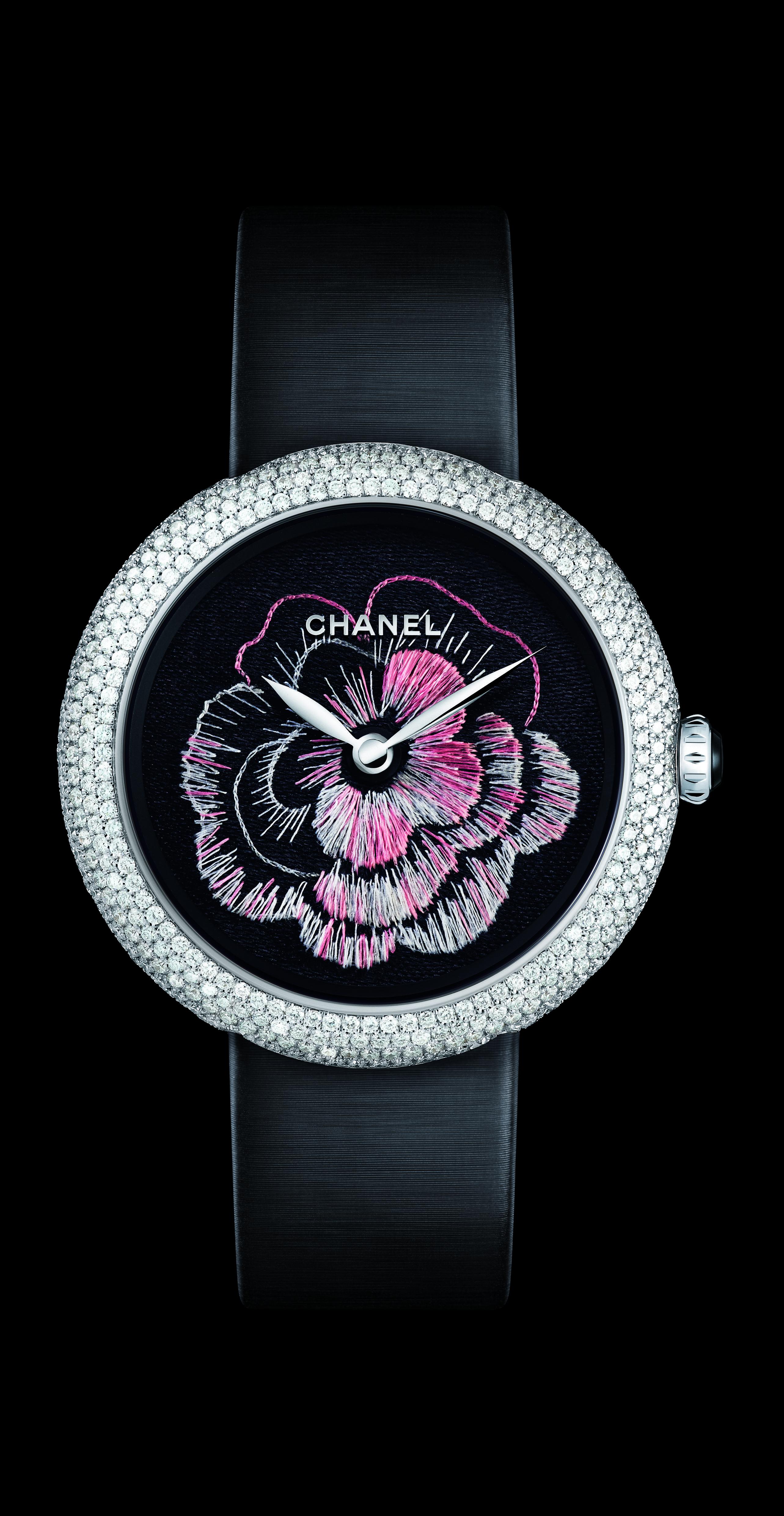 Mademoiselle chanel prive watch craftsmanship foto