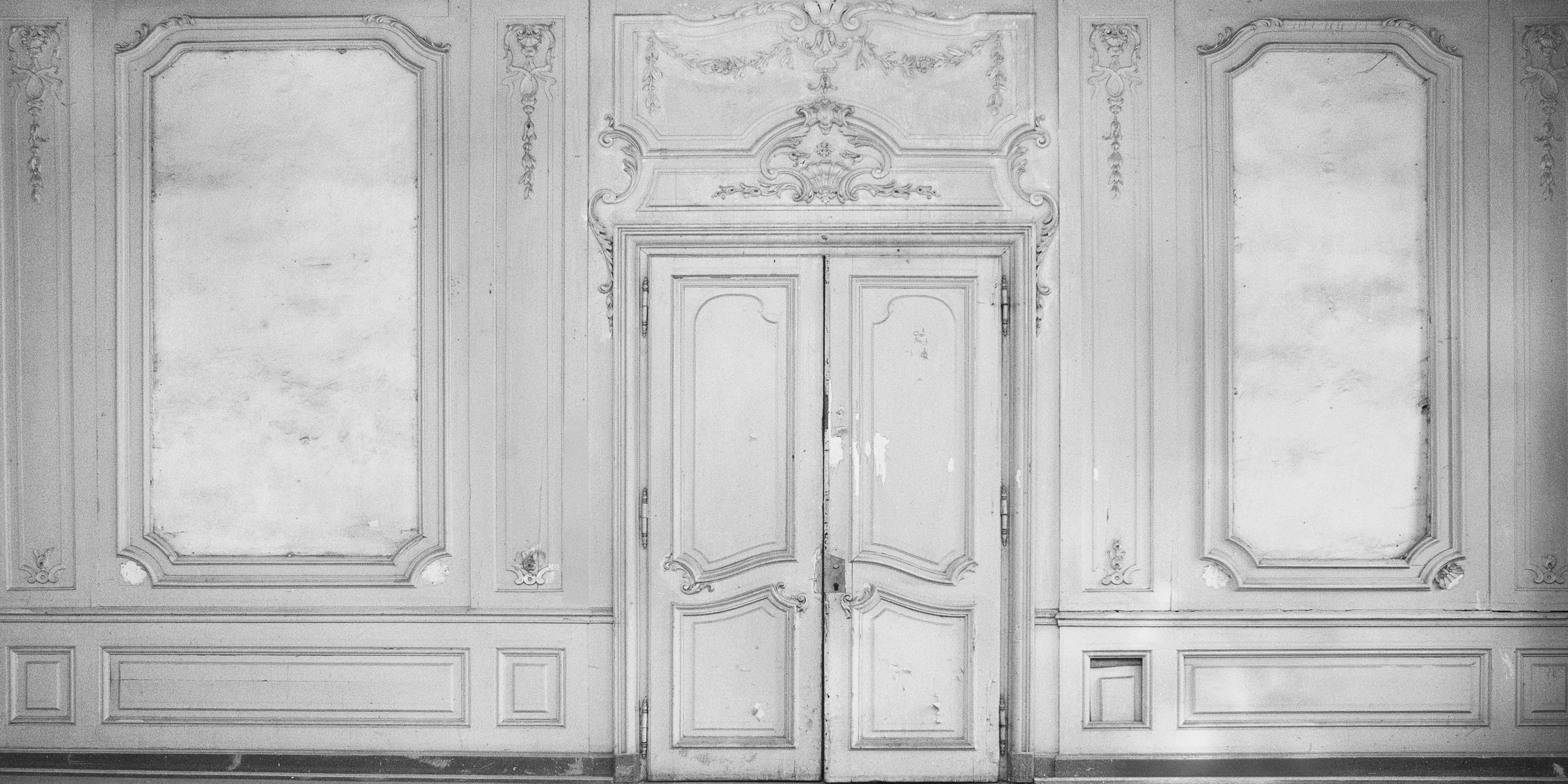 boiserie   wall papers and walls