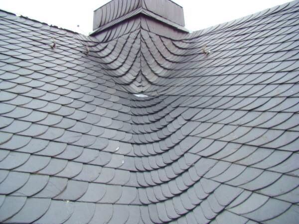 European Slate Valley And Chimney Roof Design Roof Decoration Roof Architecture