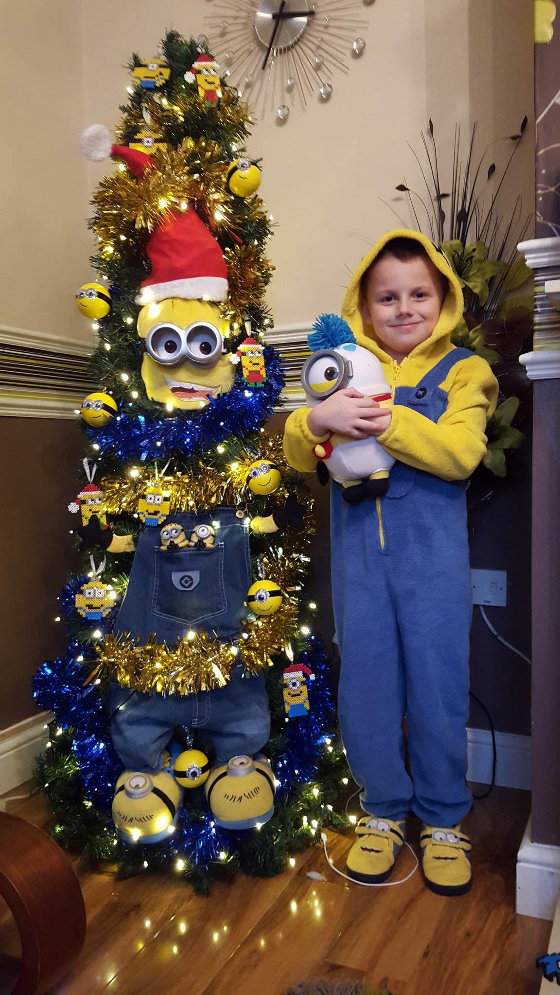 minion christmas tree such a fun kids christmas tree - Minion Christmas Tree