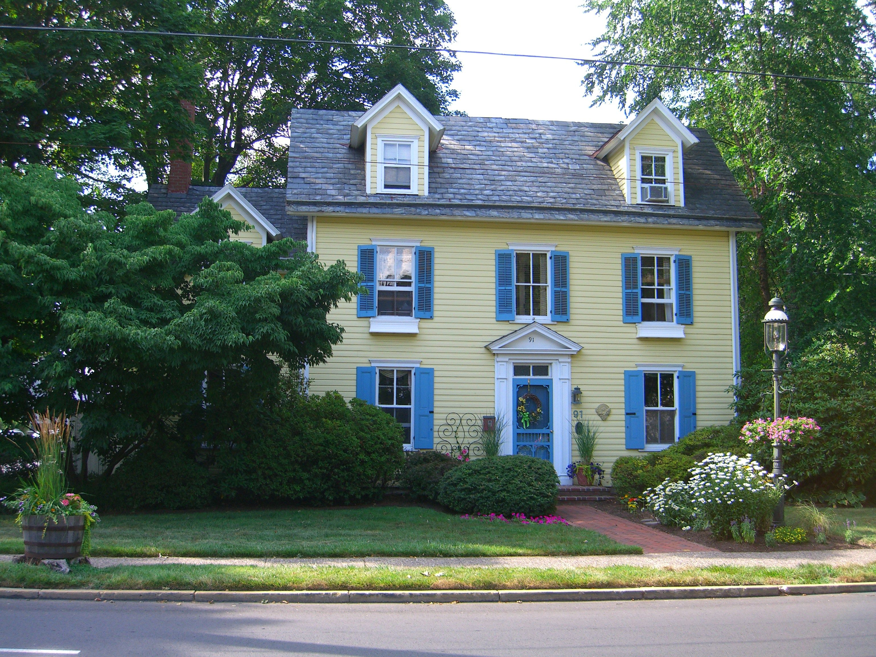 Yellow House With Blue Shutters Free Watch Movie line