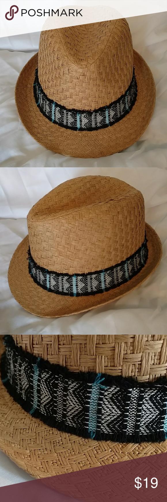 b7756d2ed1037 🆕💙Boho Aztec Band Straw Fedora NWOT BOHO Aztec Print Wide Band Straw  Fedora. Dark Natural Woven Straw. NWOT! ONE SIZE Accessories Hats