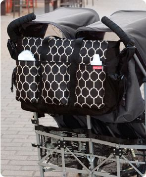 Must Have Bag For Twins Or If You Just 2 More Small Children I Can T Wait To Get Mine Skip Hop Duo Double Diaper