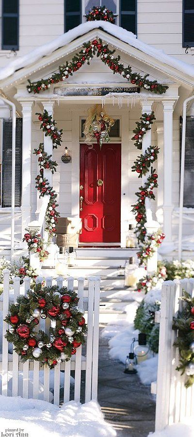 Check Out These Cool Ideas To Decorate Garden Or Backyard For Christmas Christmas Door Decorations Elegant Christmas Decor Christmas Decorations