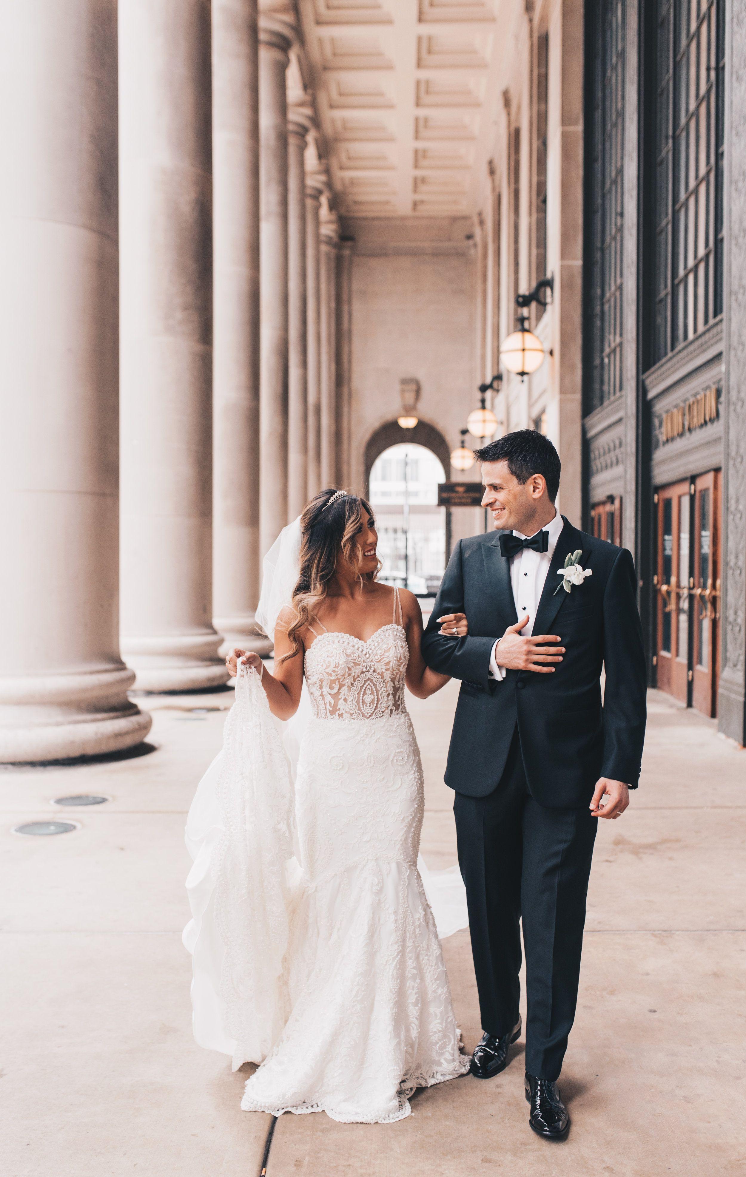 Chicago Bride And Groom Photos Chicago Wedding Chicago Wedding Photographer Chicago Elopement Photographer C In 2020 Chicago Wedding Wedding Bride And Groom Photos