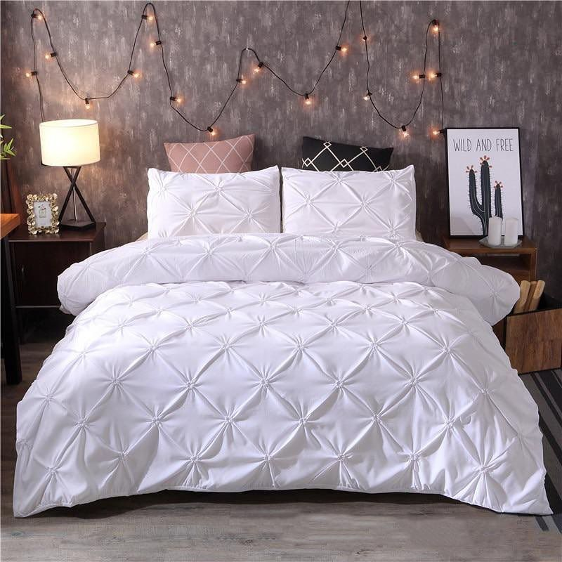 Cozy Up This Winter Under Our Beautiful Austin Pinch Pleated Set Shop Now White Duvet Covers Luxury Duvet Covers Black Duvet Cover