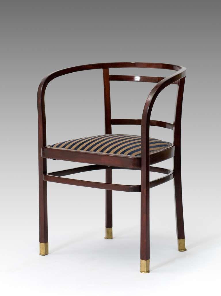 Nombre chair for the telegraph office arquitecto otto for Muebles encantadores del pais elegante