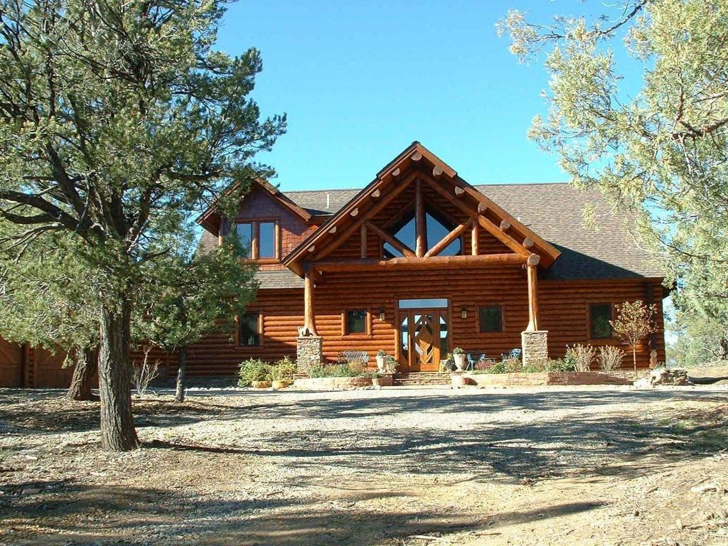 Spectacular Log Siding And Log Trusses On This Home Log