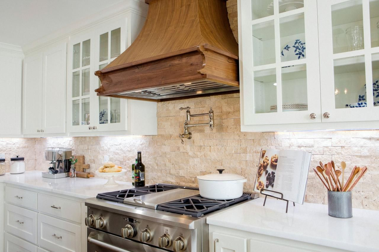 Photos hgtvus fixer upper with chip and joanna gaines hgtv