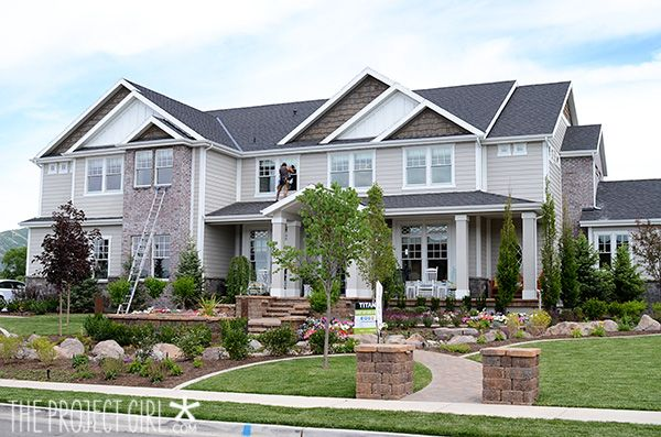 Utah Valley Parade Home Tour – Titan Homes | Jenallyson - The Project Girl - Fun Easy Craft Projects including Home Improvement and Decorating - For Women and Moms