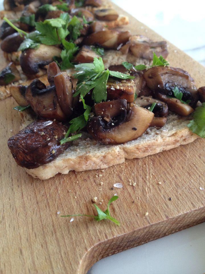 Toast champignon