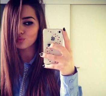 صور صور بنات خلفية للفيس صور بنات حلوة للفيس بوك Iphone Mirror Selfie Electronic Products