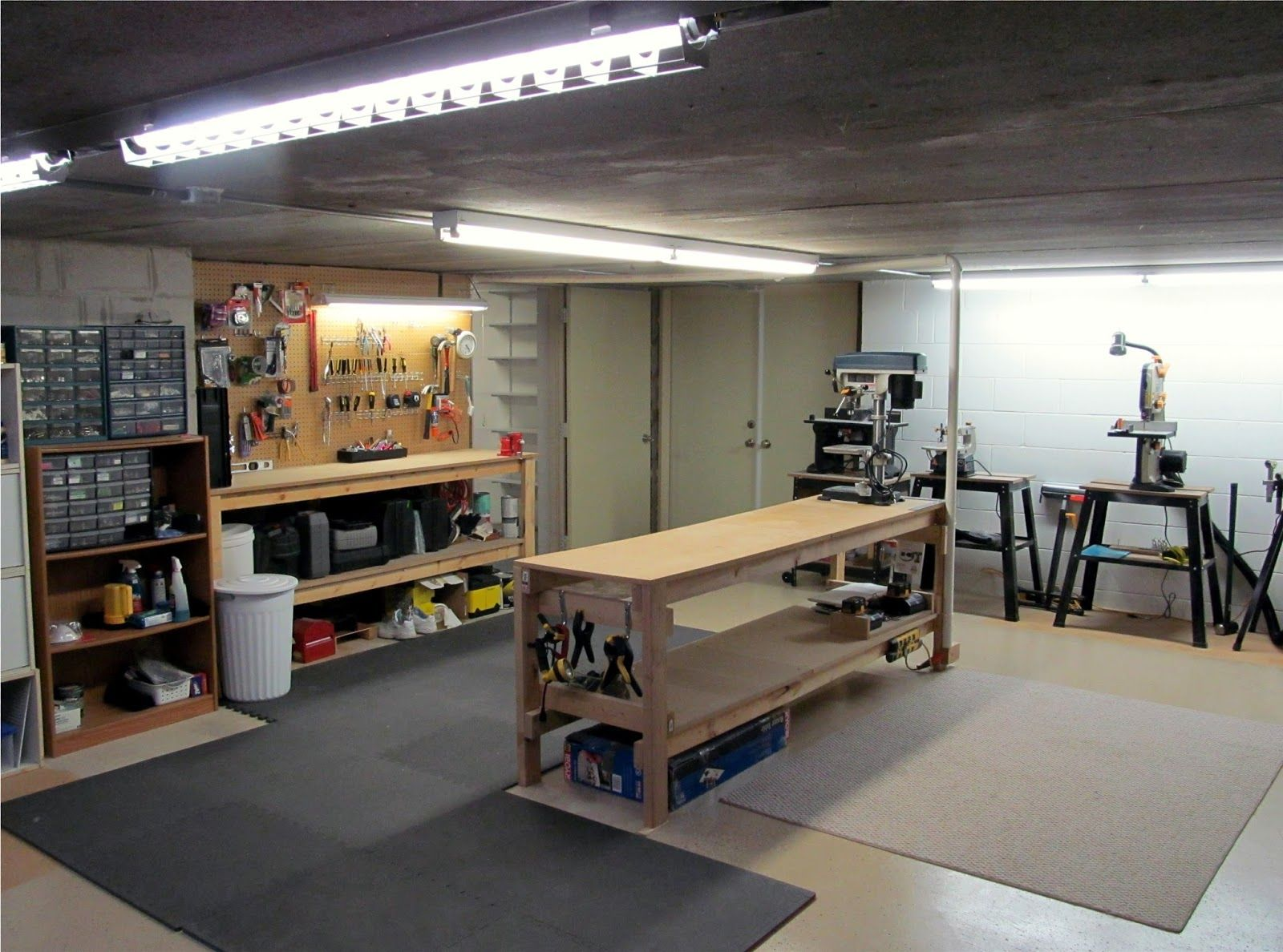Wide Open Space For Building Fixing And Working On Whatever I Want Garage Workshop Layout Garage Work Bench Garage Workshop