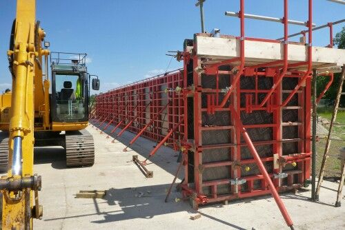 Cemfree trial panel 33m long using peri trio | Formwork | Trials, Ladder
