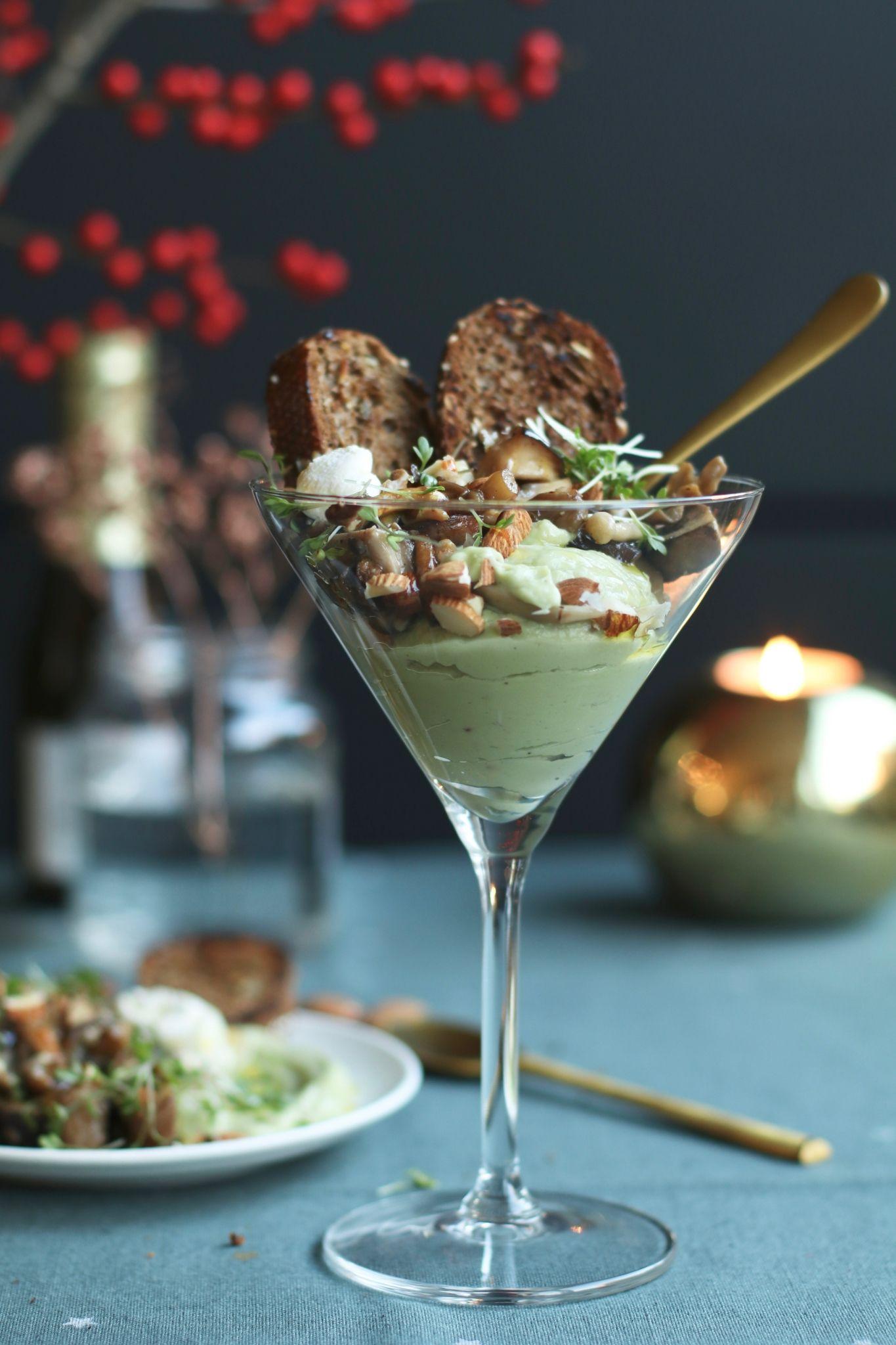 Vega voorgerecht: gebakken paddenstoelen met guacamole crème – Beaufood