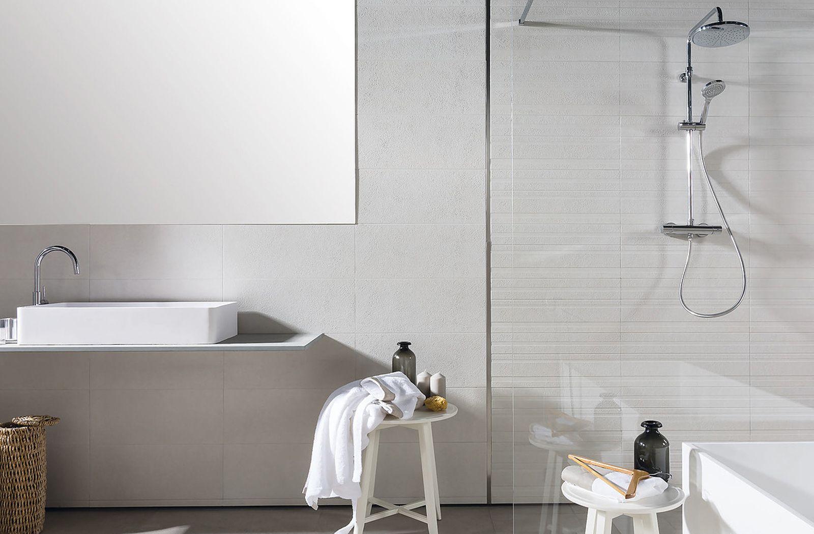 Dreamy white bathroom decor with Origin tiles from Azuvi.   Bathroom ...