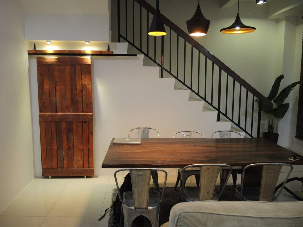 Sliding barn door using wood pallet coffee shop ideas pinterest