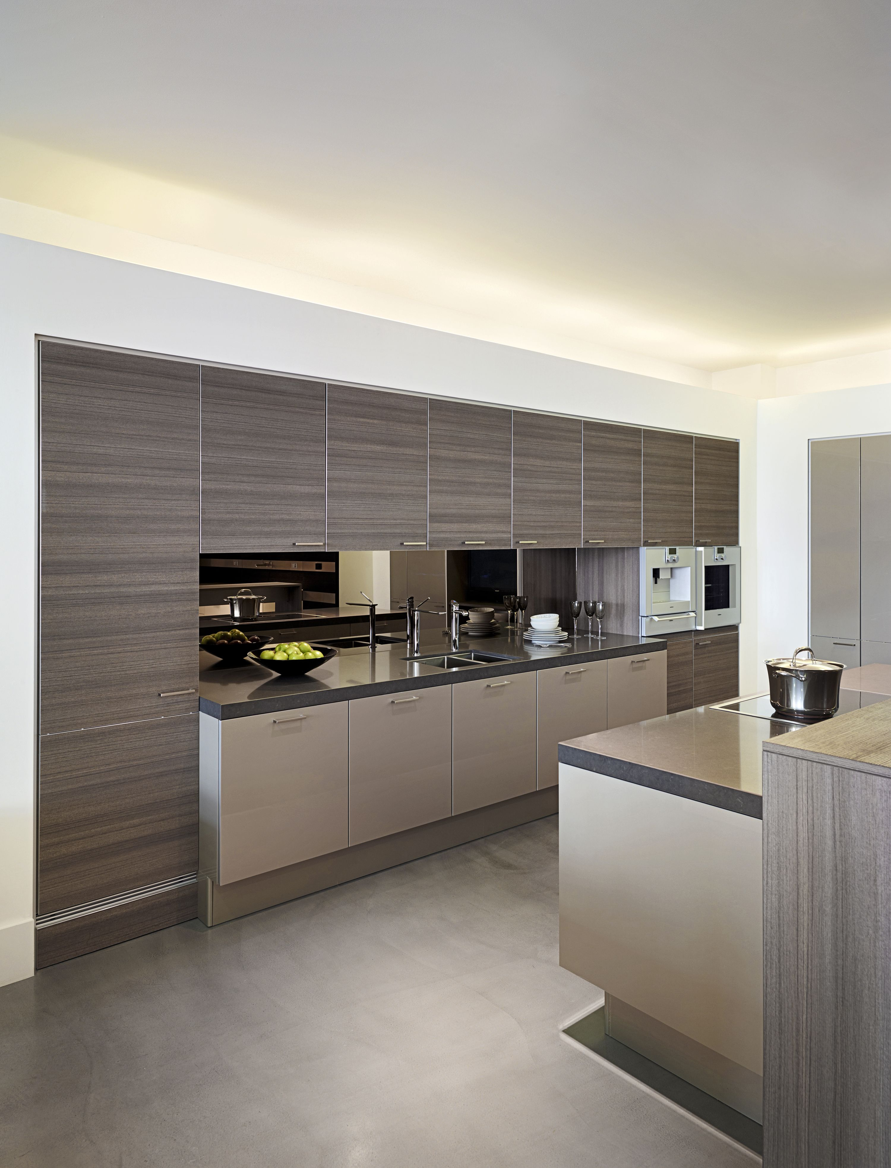 Think Clean Lines Precision Manufacturing And Inspiring Ethical Ethos Poggenpohl Continuosly Creates Beautifu Kitchen Interior Clean Kitchen Cabinets Kitchen
