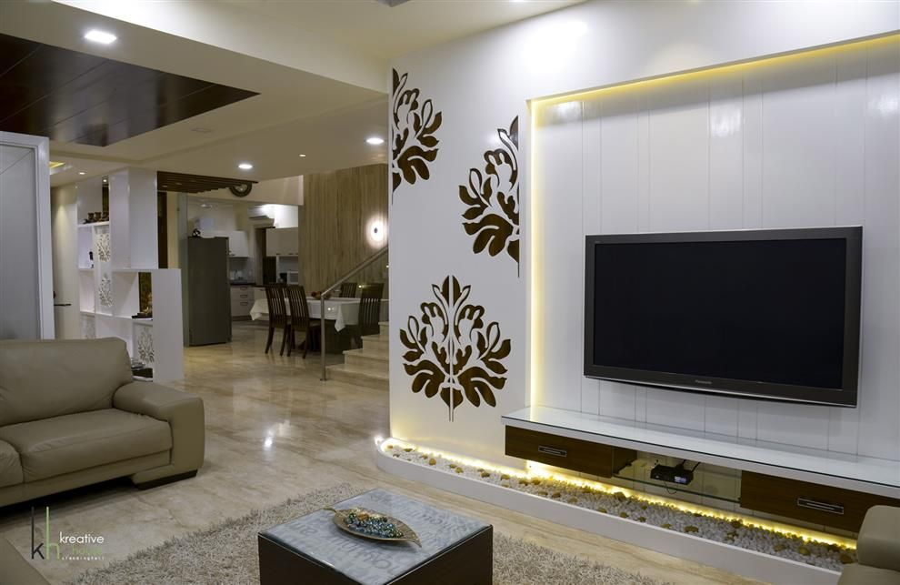Pavan Kakade Hyderabad Andhra Pradesh India Indian Living Rooms Small Home Office Furniture Office Furniture Layout