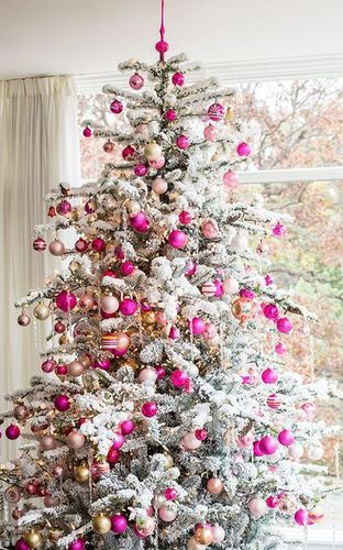 sapin de noel rose et blanc | inspirations de decorations de