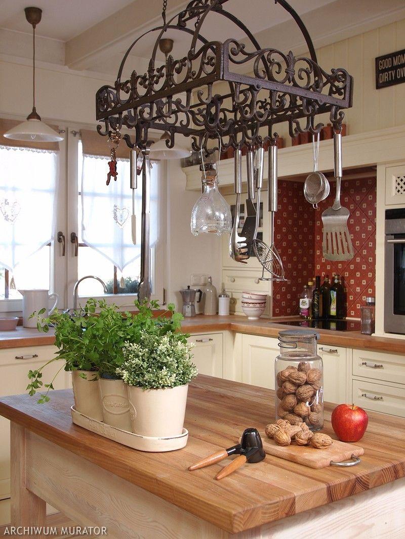 Aranzacja Kuchni Rustykalnej Sprawia Ze Kuchnia Staje Sie
