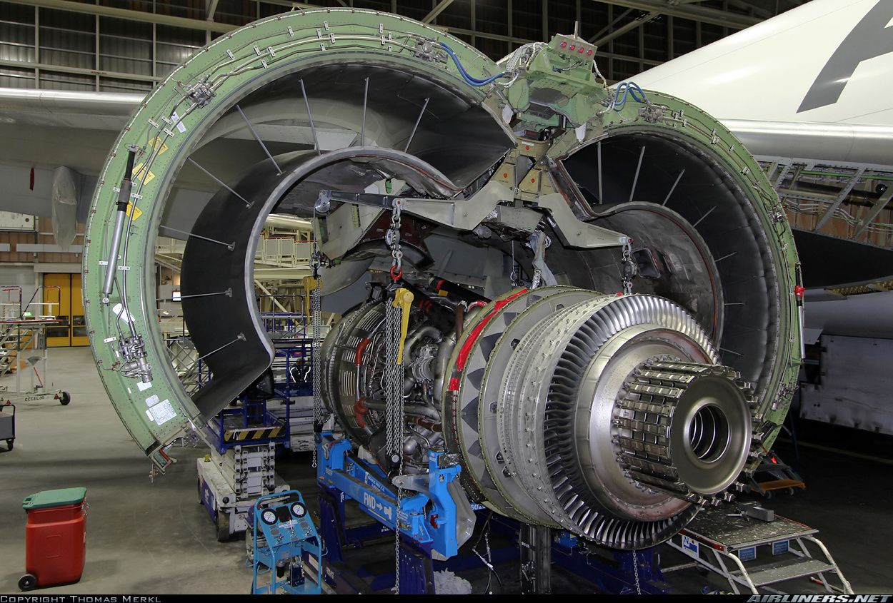 Photos Boeing 777 Fzn Aircraft Pictures Aircraft Maintenance Aircraft Maintenance Engineer Aviation Technology