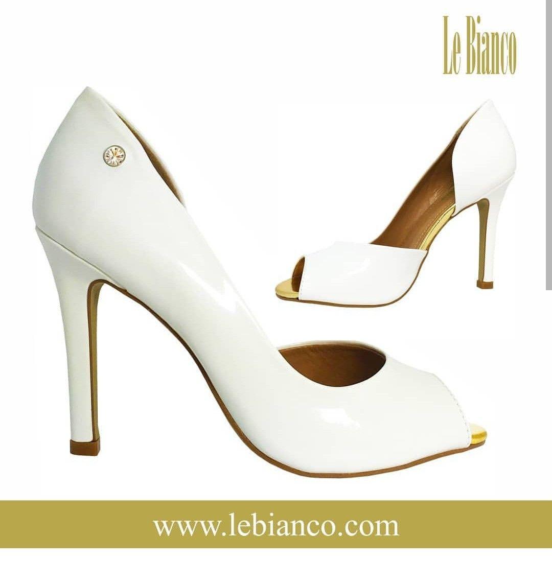 900cfba7b Peep Toe Le Bianco Manchester Verniz - Branco. Confeccionado em verniz de  alta qualidade na