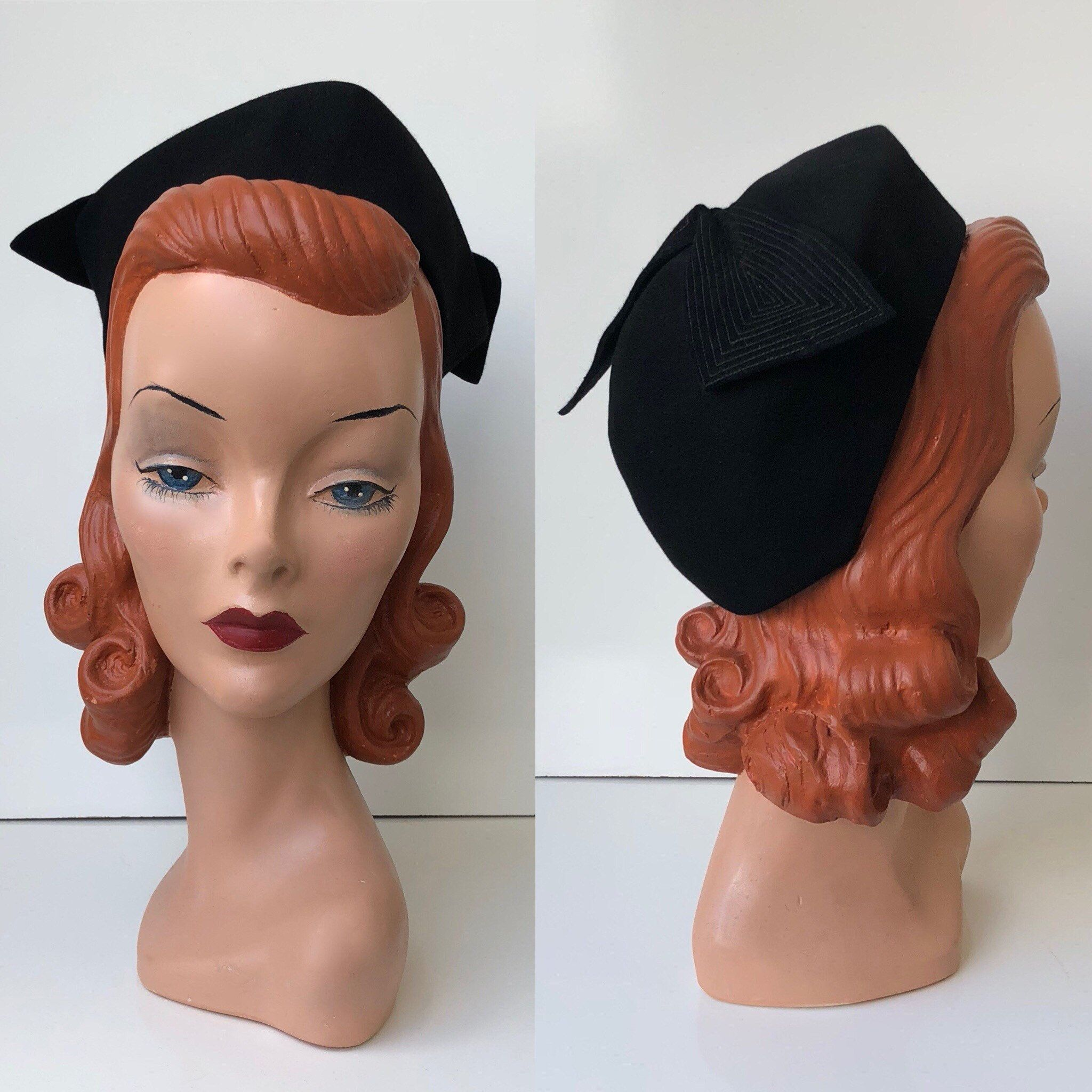 680d0dea285 1940 s John Wanamaker Inky Black Wool Felt Tricorn Toque Hat with Exposed  Stitch Dramatic Bow by VeraciousVintageCo on Etsy