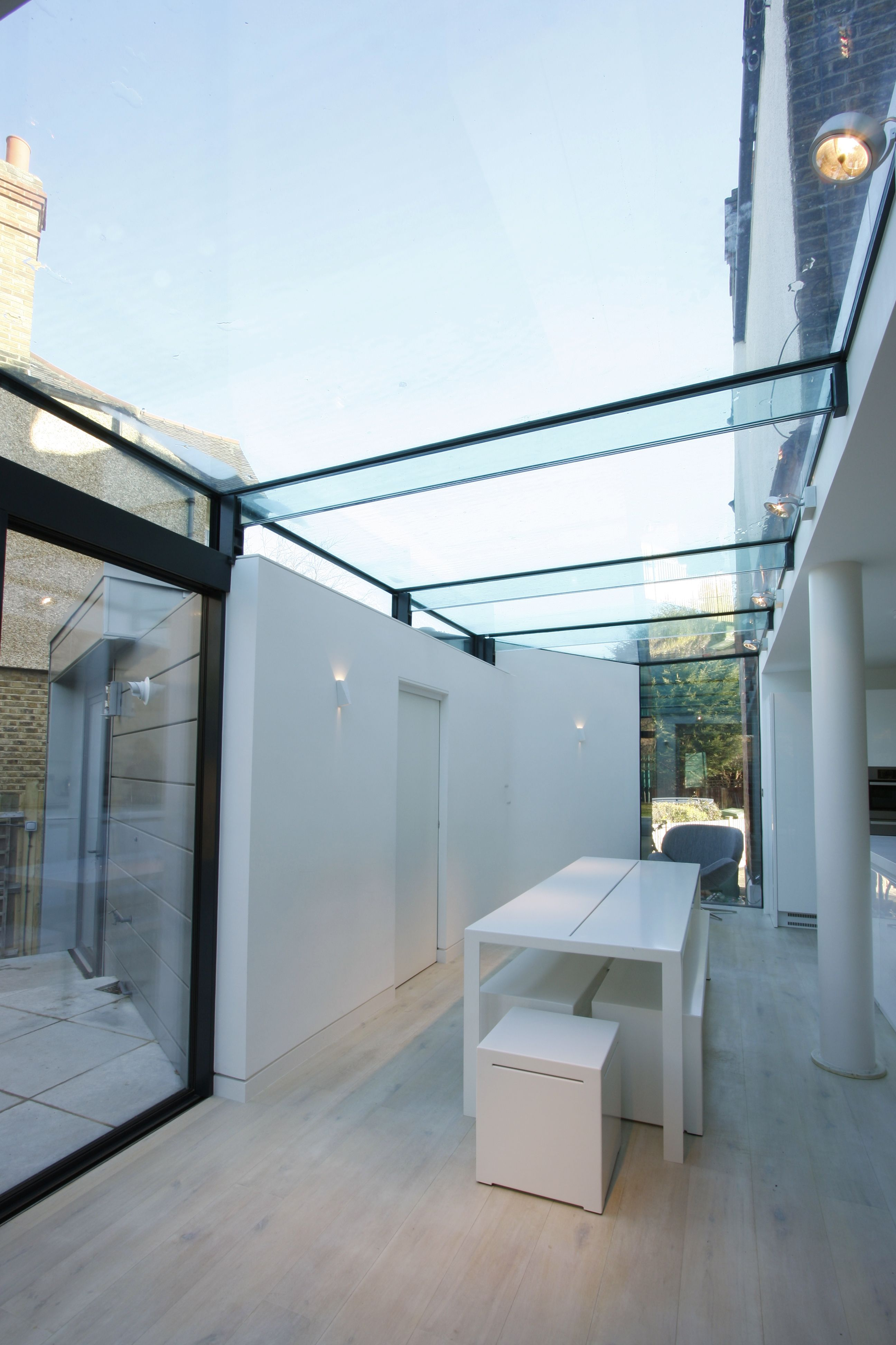 Structural Frameless Glass Roof On Residential Extension By Iq Glass Shed Roof Design Rooftop Design Glass Roof