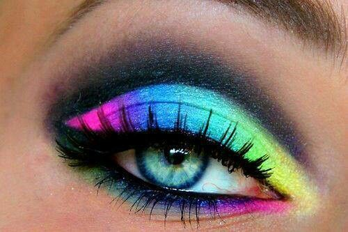 Beautiful Rainbow Eye Shadow 3 Oh My Gawd Can I Please Learn How To Do This Rainbow Eye Makeup Crazy Makeup Eye Makeup