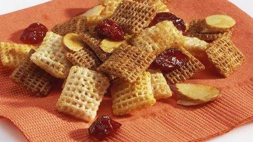 Tropical Island Chex® Mix (1/2
