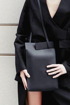 BLACK RIFT TAB BAG | CHIYOME - Minimalist Handbags | /andwhatelse/