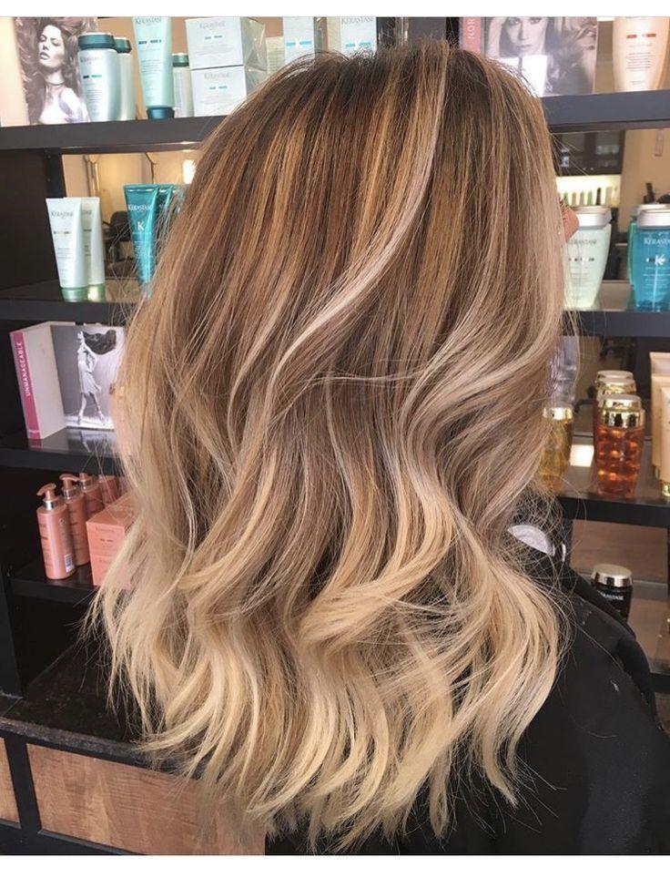 Longs cheveux blonds # coiffures # coiffures # idées # idées #frisuren, #blond…