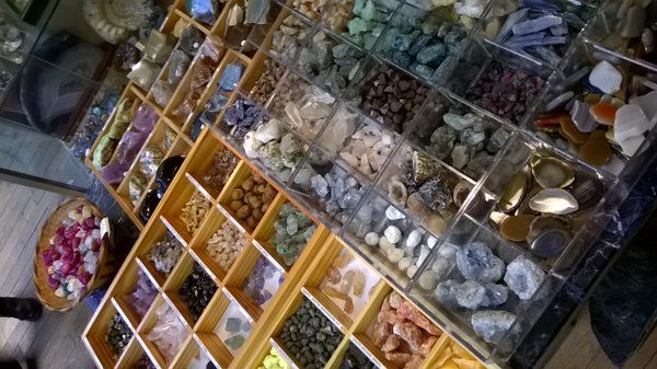 Went today to Brésilophile at Passage Jouffroy Paris. Specialist in crystals & minarels in a plethora of colours.   https://twitter.com/PurityPsychics  http://www.facebook.com/PurityPsychics
