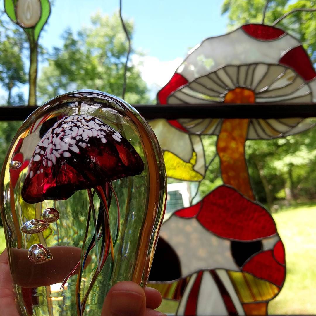 At warnerartglass they have this really great make and