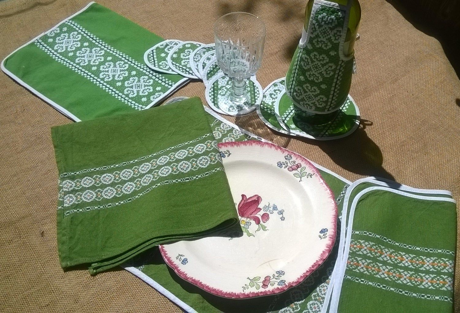 13 Vintage Napkins Placemats Coasters French Folk Linens Set Green Linen White Embroidered Basque Design Sophieladyde Vintage Napkins Placemats Antique Dishes