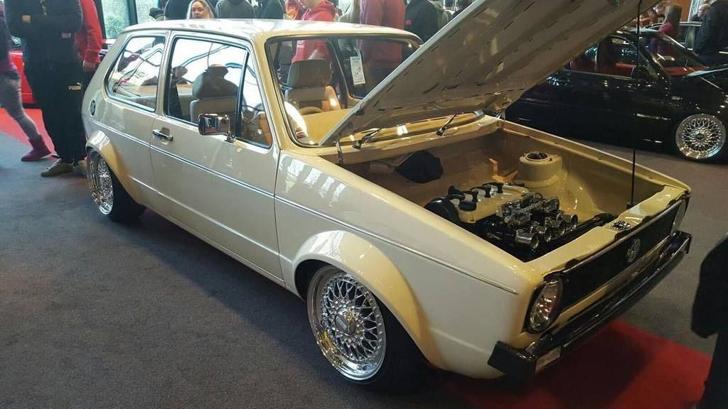 Mk1 looking tuff #ultimatedubs #ultimatedubs2016 #ud16 #volkswagengolf #mk1golf #mk1golfgti #londoncartel #bbs #b https://t.co/IN4d3dhC7G