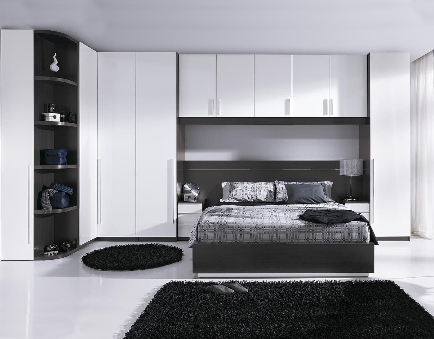 Dormitorio de matrimonio acabado en melamina color ceniza for Diseno de dormitorio blanco