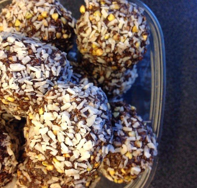 "Mmm MALENESmaktMAT: COCO CRUNCH (""sunne"" sjokoladeboller med kokos)"