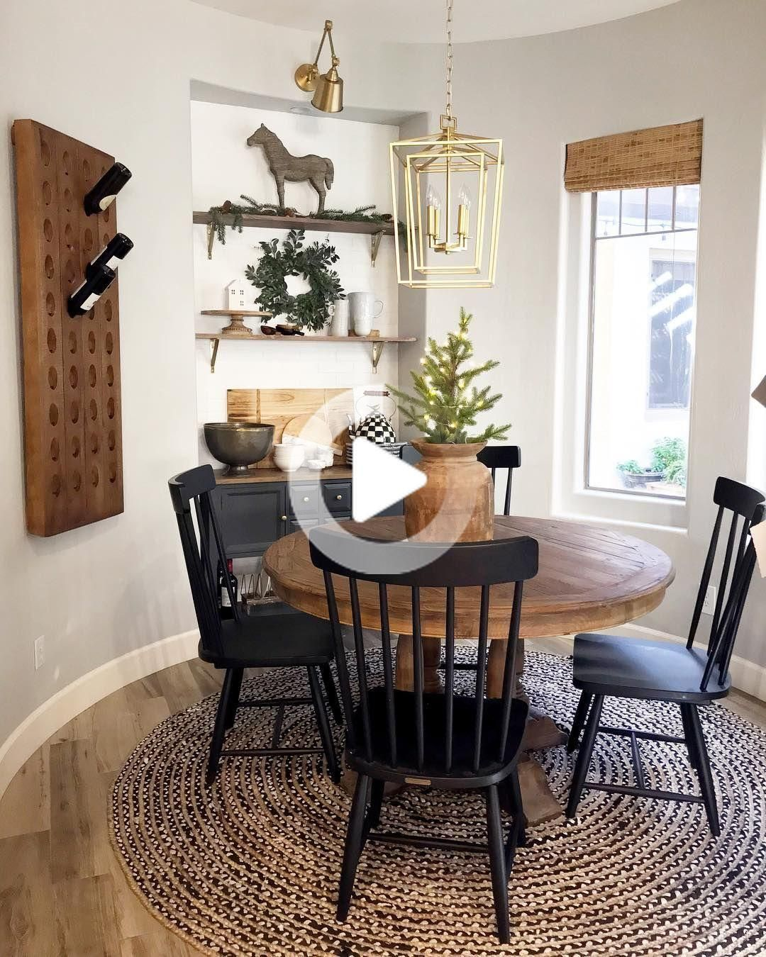Chaise D Appoint Magnolia Home Spindle Back De Joanna Gaines Noir 199 In 2020 Side Chairs Dining Dining Room Small Round Dining Room