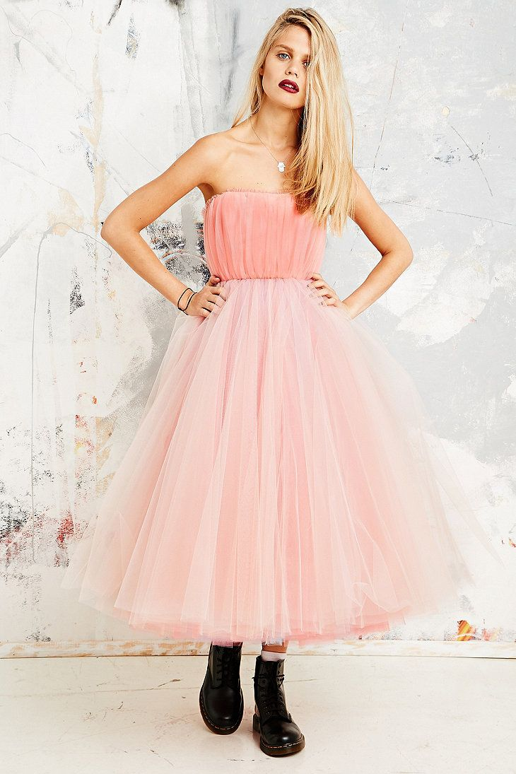 Betsey Johnson Vintage X UO Strapless Net Dress in Pink ...