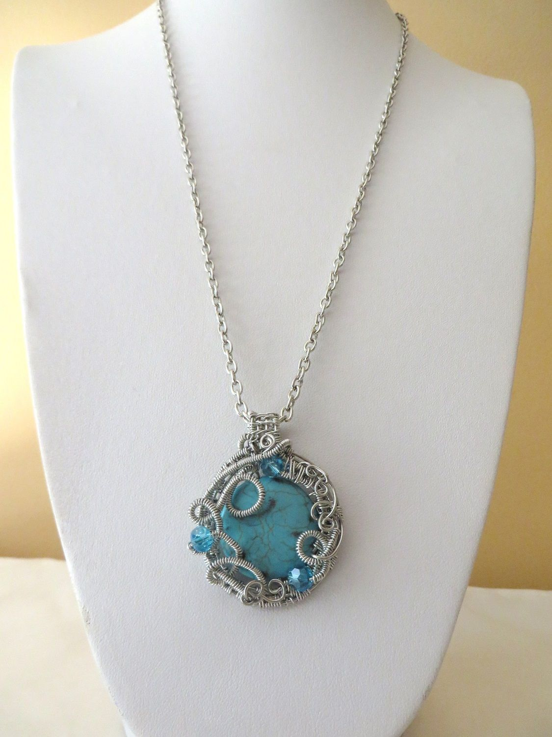 Wire wrapped gemstone jewellery. Turquoise magnesite pendant that ...