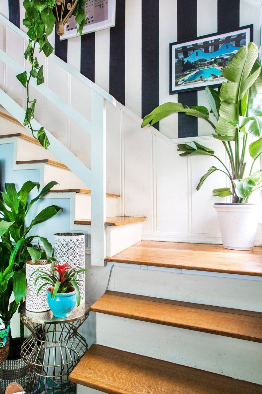 Kristen S Palm Beach Inspired Home In Burbank Beach Cottage Style Palm Beach Regency Palm Beach Decor